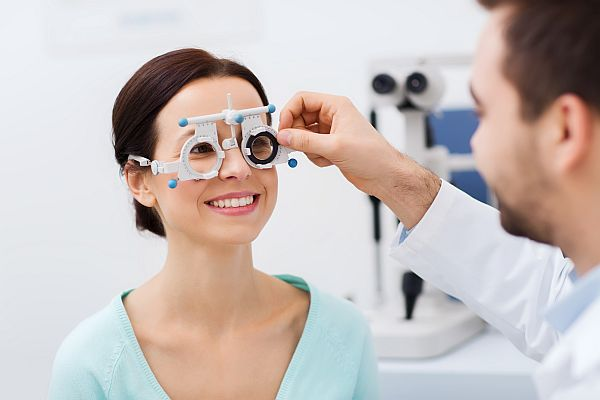 360 eyecare - toronto optometrist - eye exam our vision